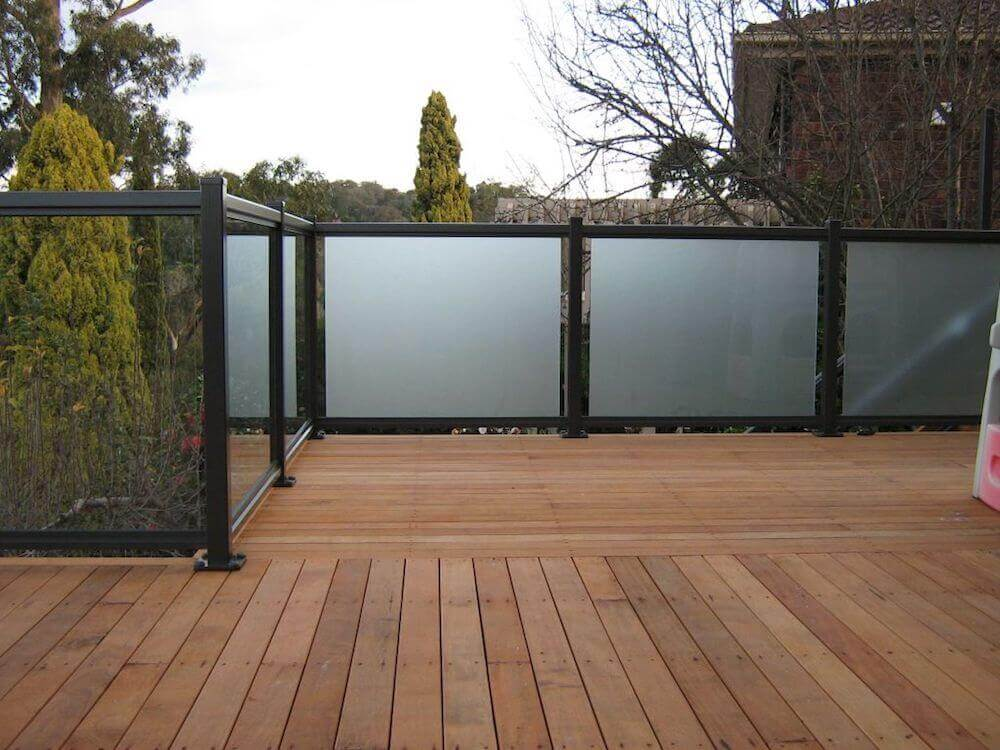 UV Protected Glass Fence